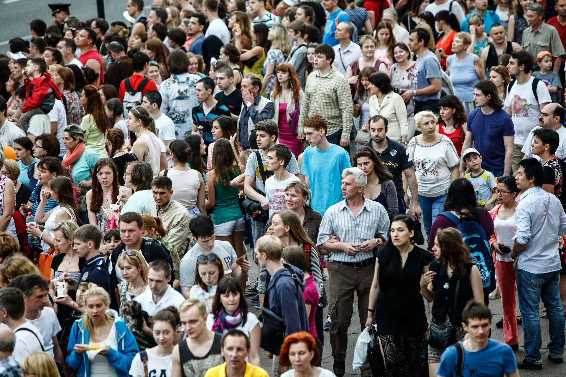 Почему в России катастрофически падает численность населения?