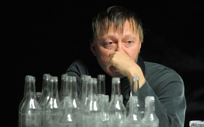 Ученые обнаружили, что алкоголь может привести к гонорее
